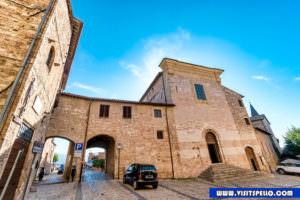 Esterno Chiesa Sant'Andrea Spello