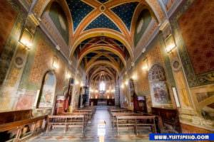 interno Chiesa Sant'Andrea Spello